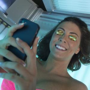 salon's social media winkease tanning salon